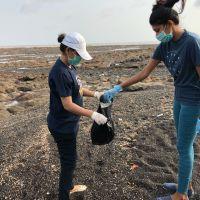 BEACH CLEANING  (2)